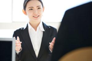 ネイリストの面接対策はコレで完璧!聞かれることやマナー、服装などの注意点