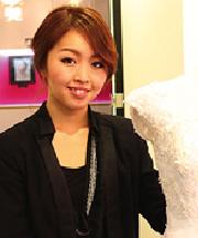 谷津 彩香さん